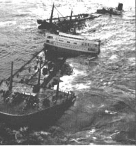 The Torrey Canyon sinking