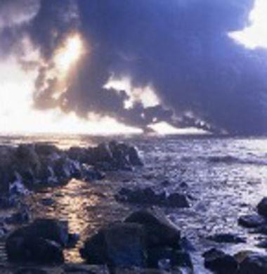 Pollution du rivage © www.fotopt.net